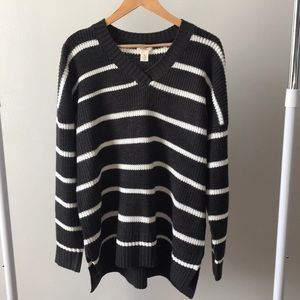 Westbound Oversized Striped V-Neck Sweater Size XL